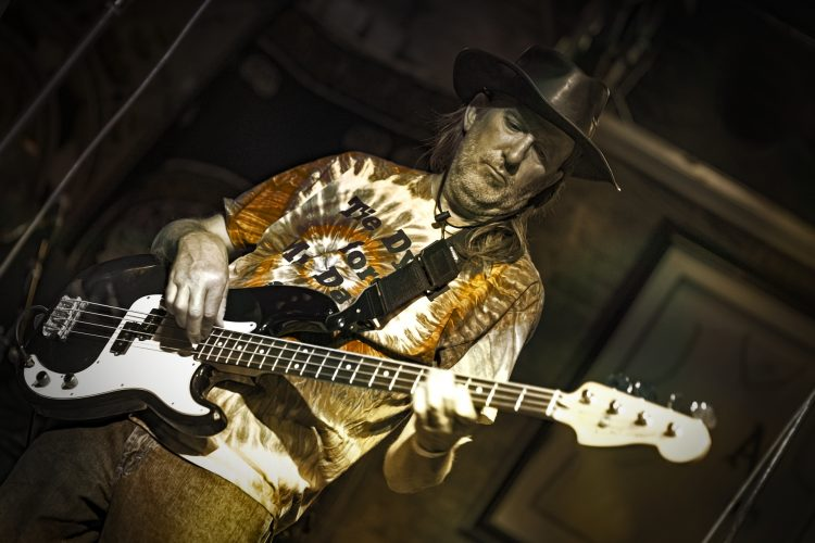 Herm JS-of-Midnight-Rider-plays-Bass-at Reggie's-Chicago