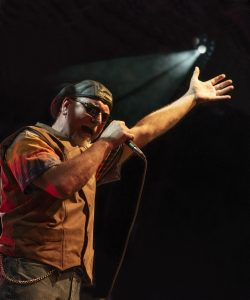 Image-of-Mason-Clay-Lead-Vocalist-for-Midnight-Rider-Band-Chicago